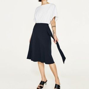 Zara Navy Blue Pinstripe Belted Skirt Small